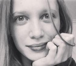 Deliane Jacobine Lefevre er færdig som lærer fra læreruddannelsen Blaagaard/KDAS i København ...